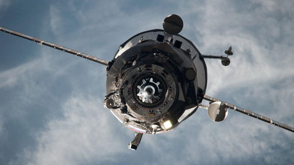 Ruská loď Progress M-27M, která v úterý neúspěšně odstartovala s nákladem pro Mezinárodní vesmírnou stanici.