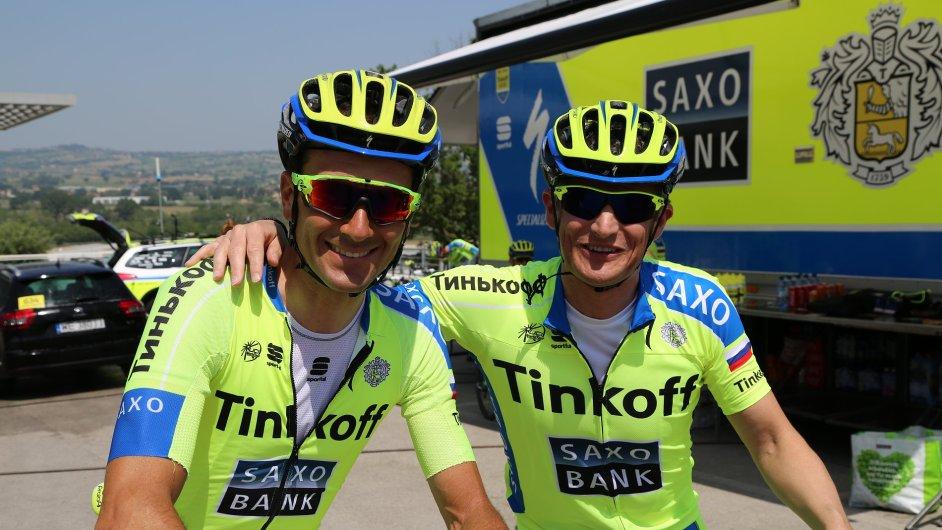 Dvojnásobný vítěz Gira d´Italia Ivan Basso (vlevo) a šéf milánské pobočky Saxo Bank Gian Paolo Bazzani