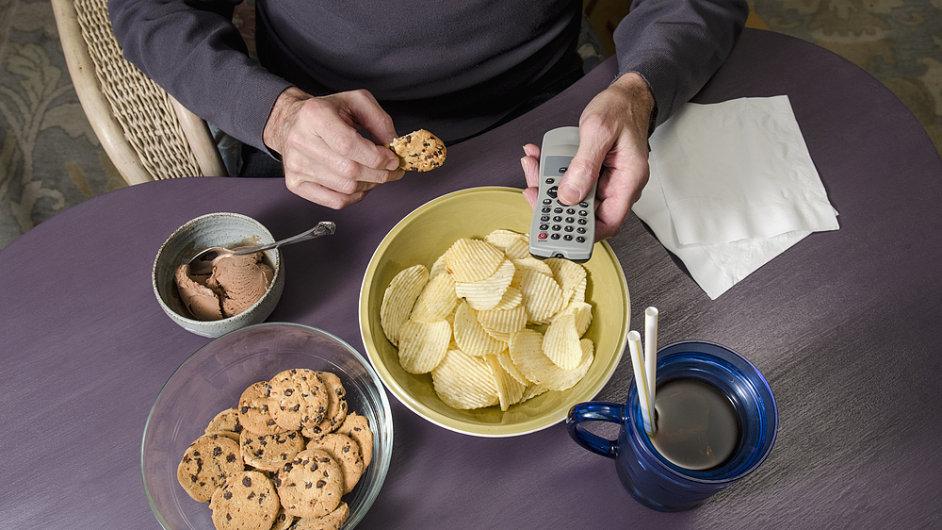 Často jíme jen z nudy - Ilustrační foto.