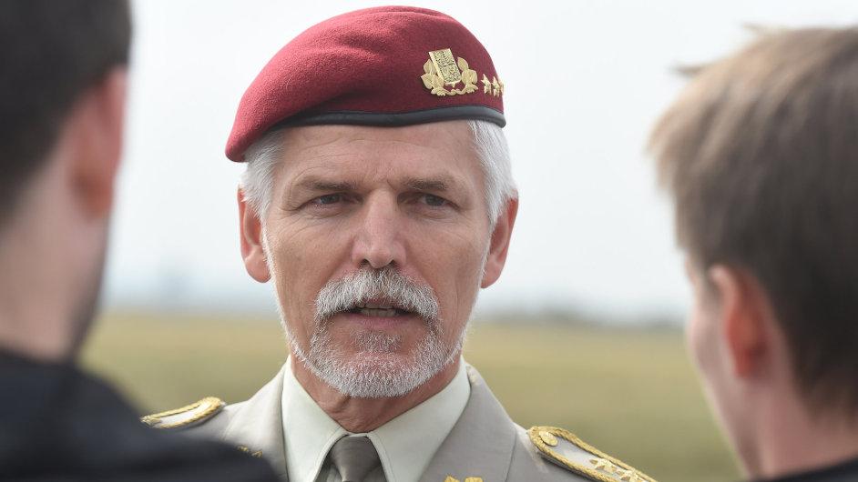 V Mo_nov_ na Novoji__nsku za_al 19. z___ 15. ro_n_k Dn_ NATO a Dn_ Vzdu_n_ch sil Arm_dy _esk_ republiky. Akce potrv_ dva dny. P_edseda vojensk_ho v_boru NATO Petr Pavel.