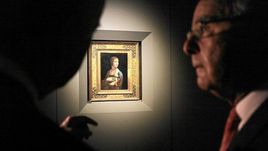 Da Vinciho obraz Dáma s hranostajem je na snímku z expozice v Krakově roku 2012.