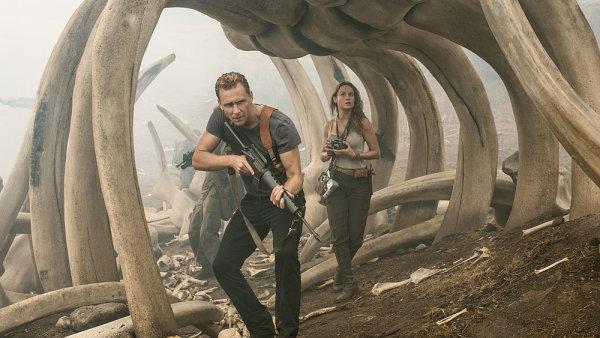 Nejnavštěvovanější film amerických kin Kong: Ostrov lebek od minulého čtvrtka promítají také české biografy.