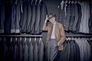 Autor knihy Opravdový gentleman: Máloco v lidech budí nenávist jako oblečení