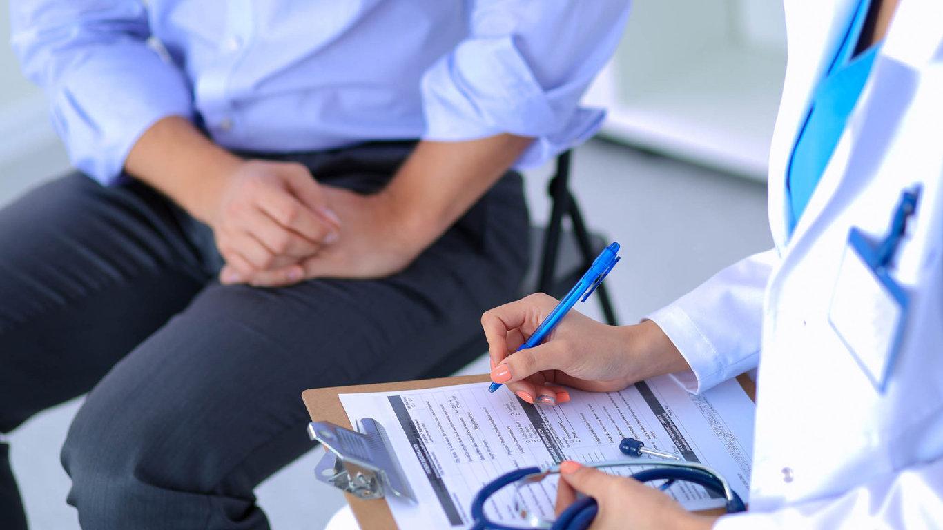 Hlásit nemocenskou by měli zaměstnavatelé své lidi učit. Správný postup mohou popsat ve vnitřních předpisech nebo smlouvách.