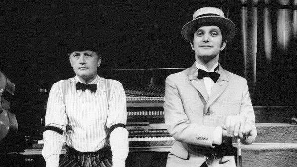 Remasterované vydání spojuje dvě EP desky písniček Jiřího Suchého a Jiřího Šlitra z představení Jonáš a tingl tangl (1962) a Jonáš a dr. Matrace (1969).