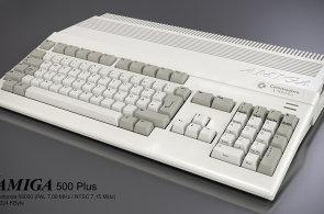 Legendární Amiga žije: Luxusní stroj stojí 52 tisíc korun a fungují na něm i Google Apps