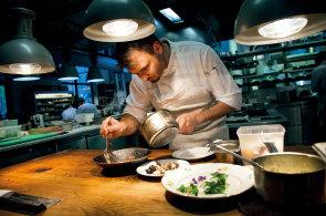 Projíst se Karlínem: Procházka po karlínských restauracích a kavárnách
