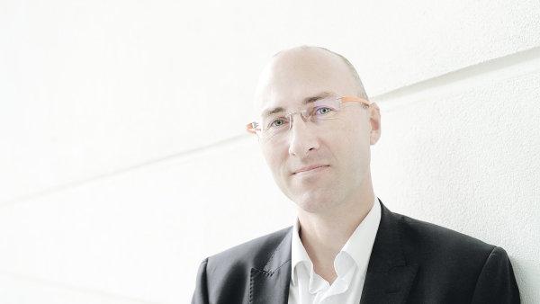 Michal Brejcha, Economia