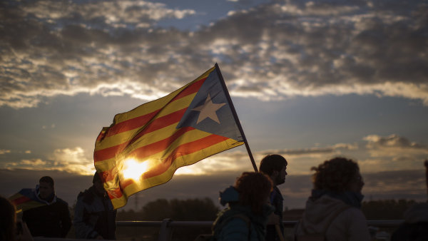 Katalánskou deklaraci o nezávislosti z konce října anuloval Ústavní soud.