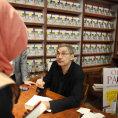 Orhan Pamuk je velký autor i ve svých chybách. V knize menších textů sestupuje z výšin