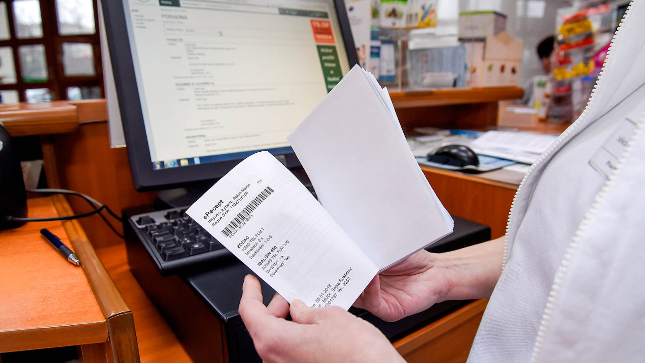 Lékový záznam – dnes funguje e-recept bez možnosti kontrolovat, jaké léky pacient bere. To chce ministerstvo změnit achystá nový zákon.