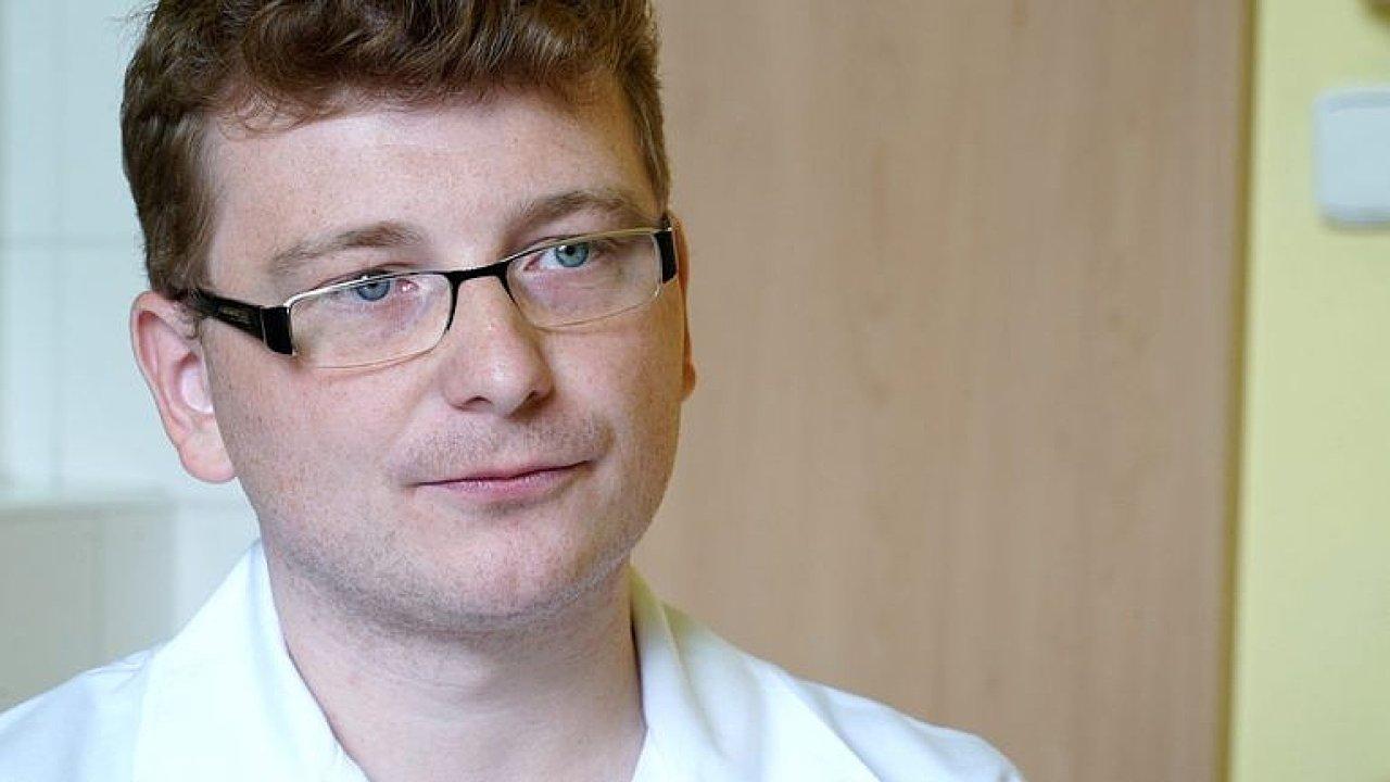 Většina případů západonilské horečky unikne, pacientů může přibývat, říká expert