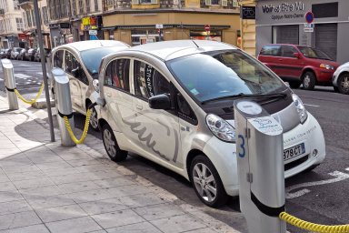 V budoucnu už nebude tak časté tradiční vlastnictví vozů - Ilustrační foto.