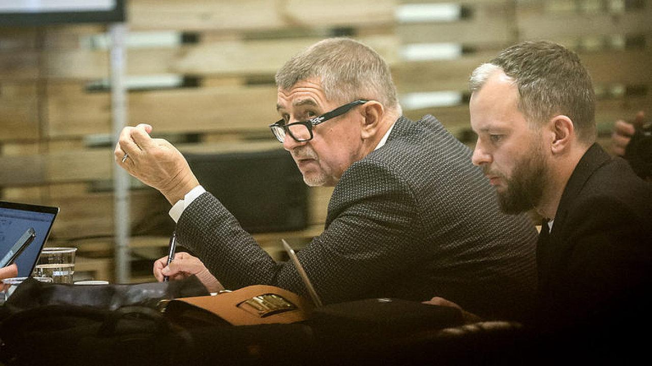 Babiš lže, Agrofert ovládá, správci jednají v jeho zájmu, tvrdí v analýze právnička
