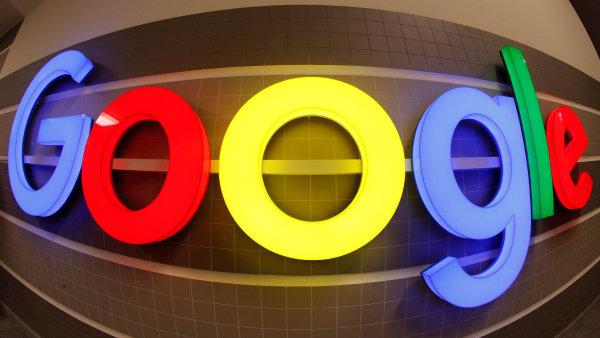 Google má na internetu pod kontrolou tolik stránek, že je téměř nemožné pohybovat se po internetu dlouho bez toho, aby člověk alespoň jednou nenarazil na jeho službu.