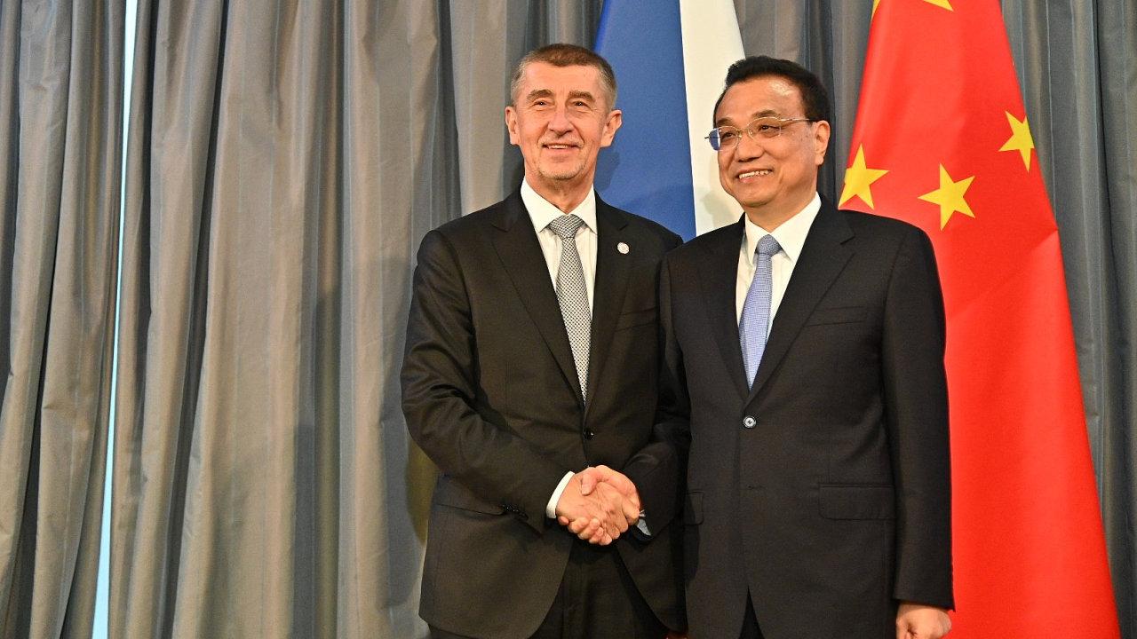 Před samotným začátkem summitu v chorvatském Dubrovníku jednal Babiš sčínským premiérem Li Kche-čchiangem.