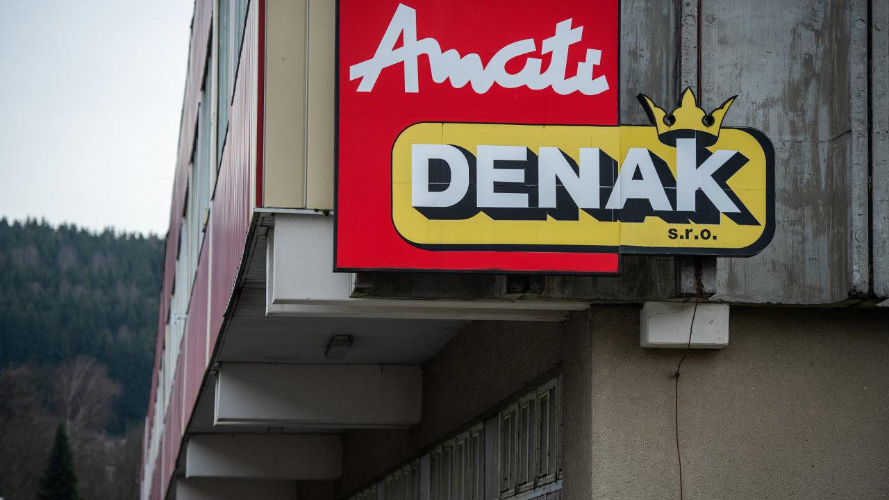 Reportáž z města Kraslice a továrny Amati