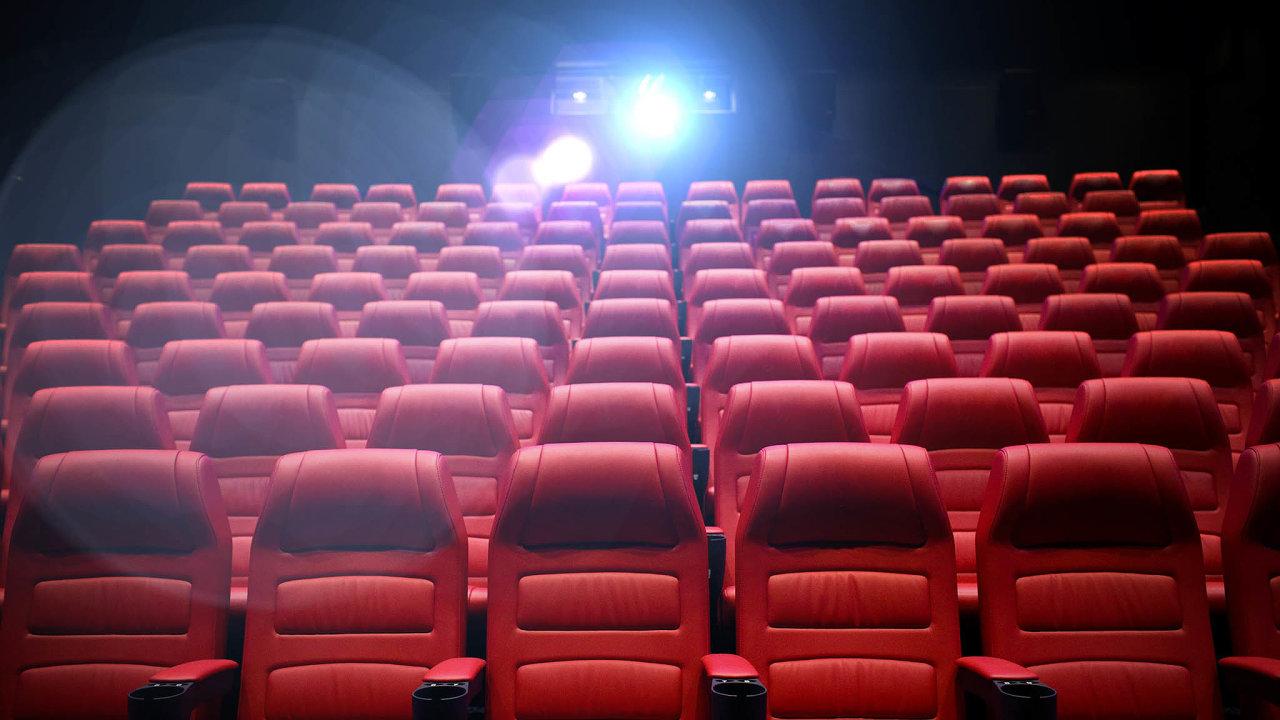 Promítačky se už brzy rozjedou. Vláda večtvrtek zařadila dovlny uvolnění restrikcí od11. května nově také kina.