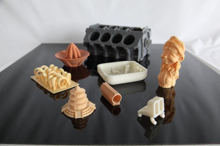 3D tisk pro zubní laboratoře, školy i výrobu forem