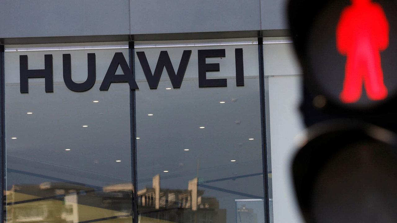 Čínské společnosti Huawei se budování 5G sítí ve Velké Británii týkat nebude.