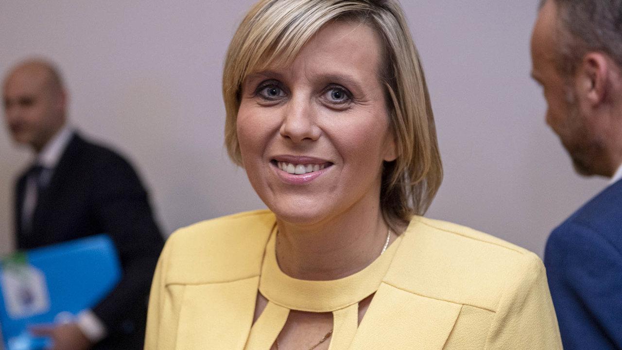 Jana Mračková Vildumetzová (ANO) dala hlasovat ovzniku podvýboru pro regiony vtransformaci. Potřebnou podporu si vyjednala předem, takže zcela netradičně během několika vteřin podvýbor vznikl.