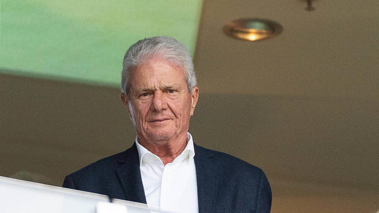 Mecenáš ainvestor. Miliardář Dietmar Hopp dává své peníze především dozdravotnictví.