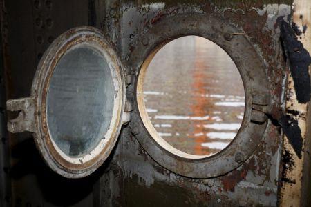Loď skýtá velký ozvučený společenský sál i menší kajuty (ICF Praha).