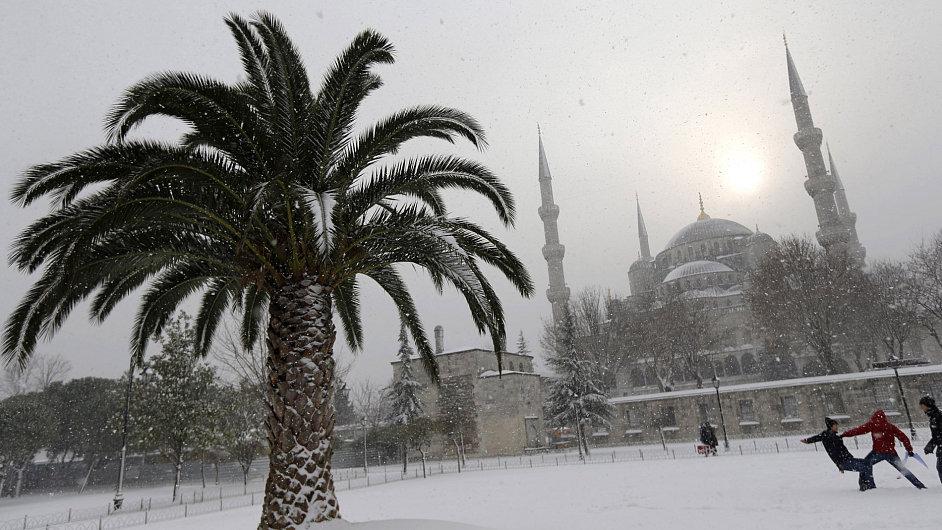 Sníh na Blízkém východě.