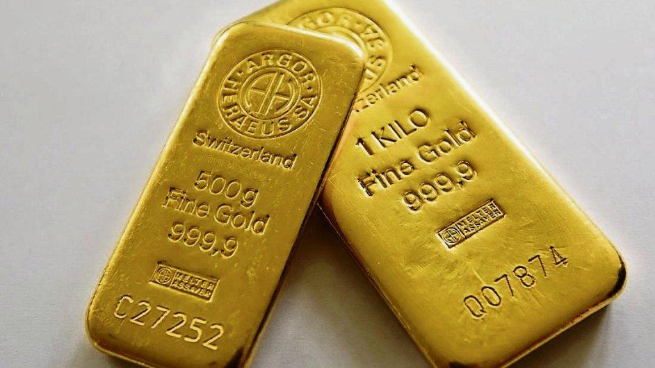 Švýcaři nechtěli navýšit rezervy zlata, jeho ceny padají
