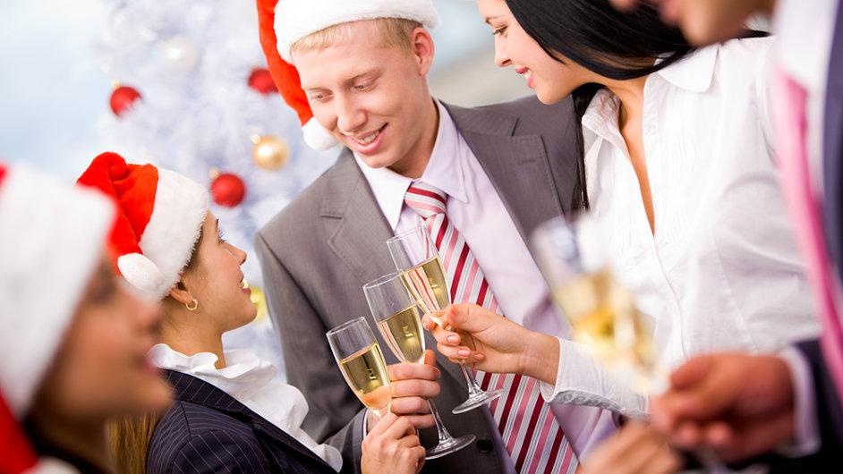 Vánoční firemní večírek (Ilustrační foto)