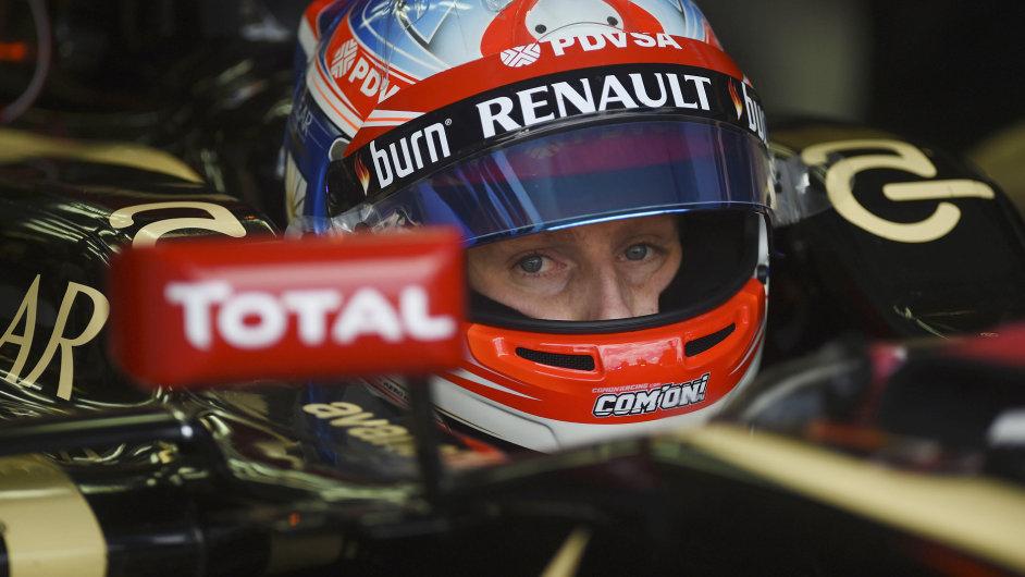 Romain Grosjean v kokpitu Lotusu při Velké ceně Austrálie