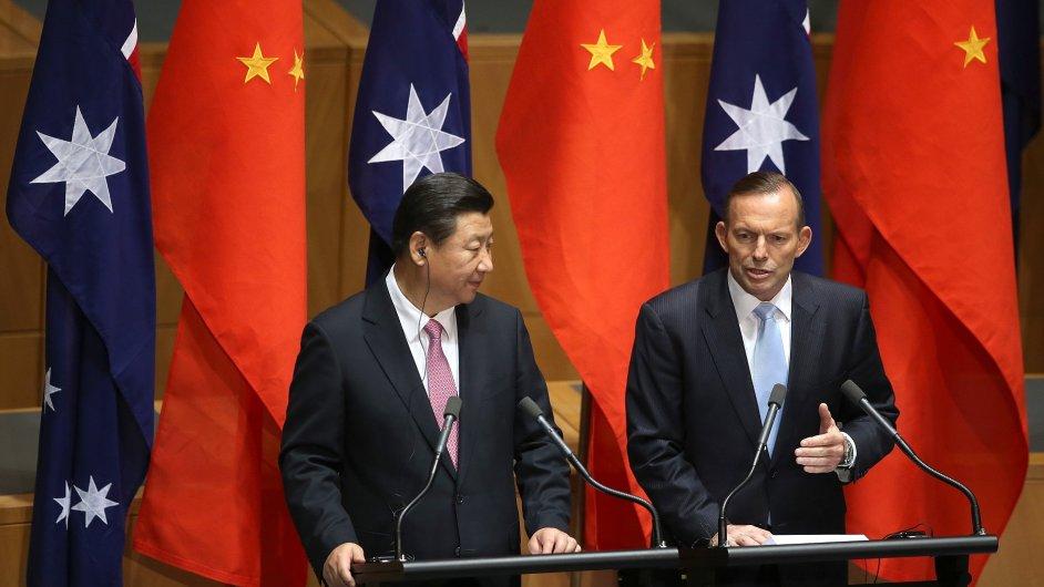 Čínský prezident Si Ťin-pching a australský premiér Tony Abbott.