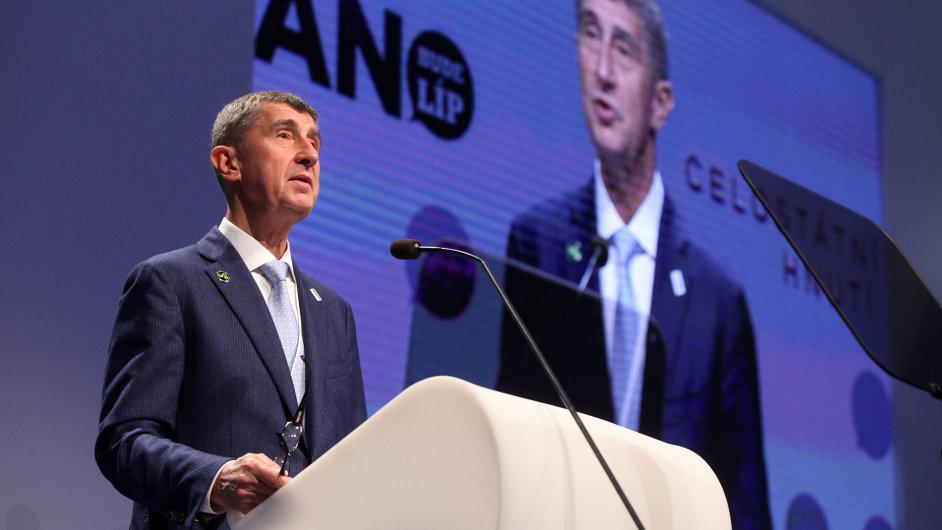 Předsedou hnutí ANO byl na celostátním sněmu v sobotu znovuzvolen Andrej Babiš.