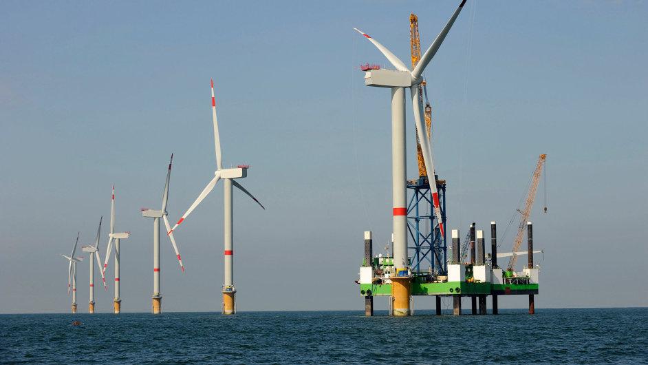 Siemens v roce 2014 instaloval 76 procent nových větrných turbín na moři (ilustrační foto).