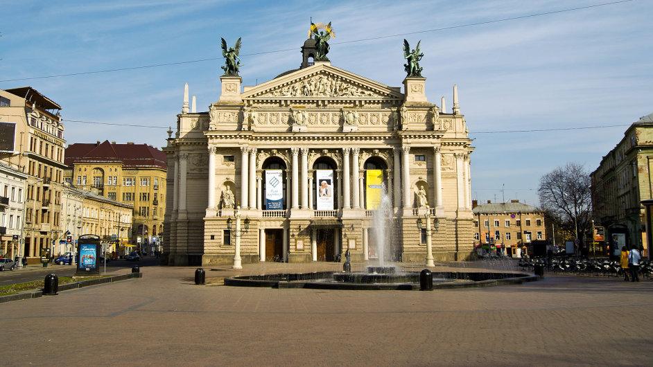 Odvody se týkají členů Národního akademického divadla opery a baletu ve Lvově.