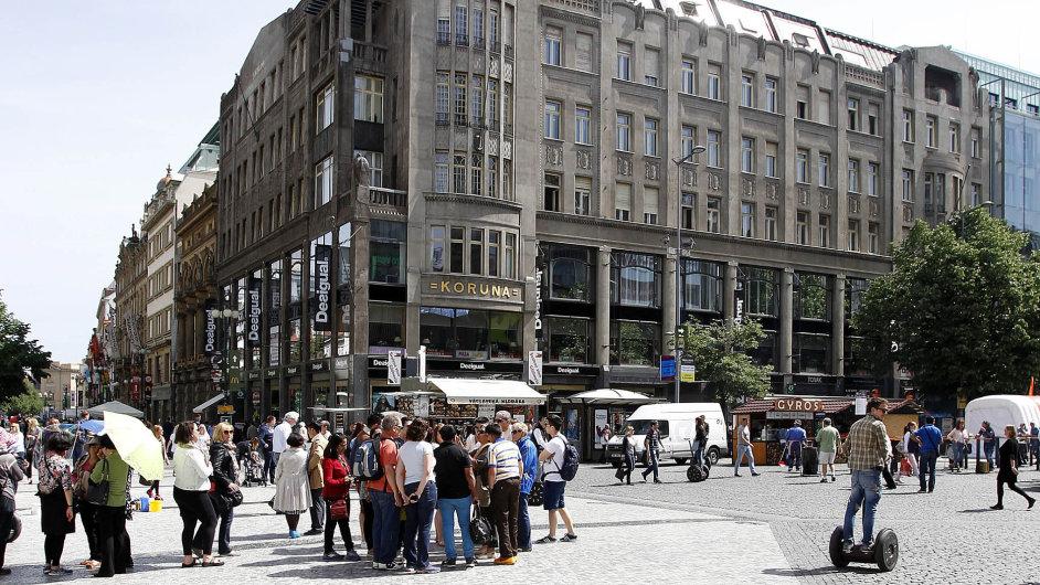 Palác Koruna v roce 1914 nastavil výškovou laťku pro celé Václavské náměstí.