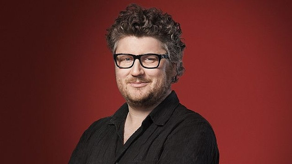 Tom Service moderuje pořad Music Matters na BBC Radiu 3 od roku 2003.