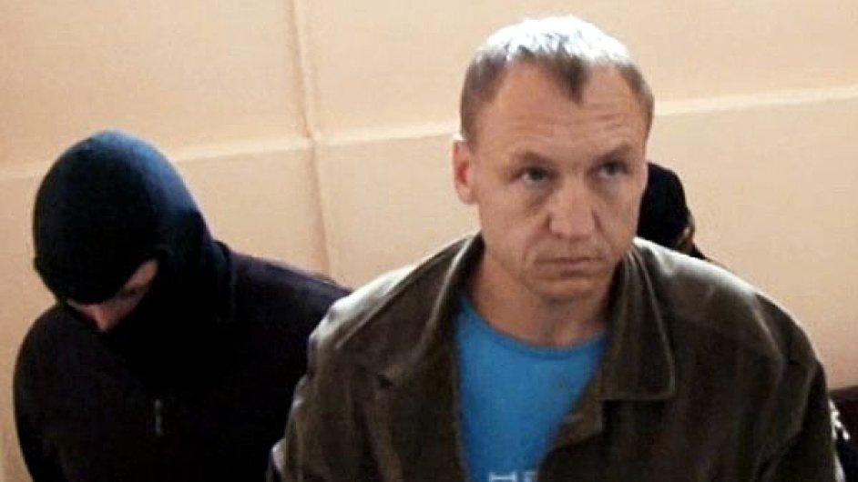 K patnácti letům vězení a pokutě odsoudil soud v ruském Pskově důstojníka estonské tajné služby Estona Kohvera.
