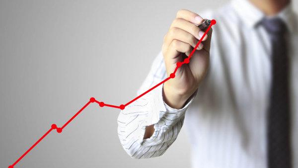 Česká ekonomika loni zpomalila růst na polovinu, stoupla o 2,3 procenta - Ilustrační foto