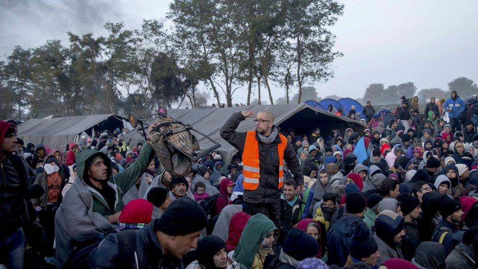 Uprchlíkům v Berkasovu pomáhá přes 100 dobrovolníků z Česka - Ilustrační foto.