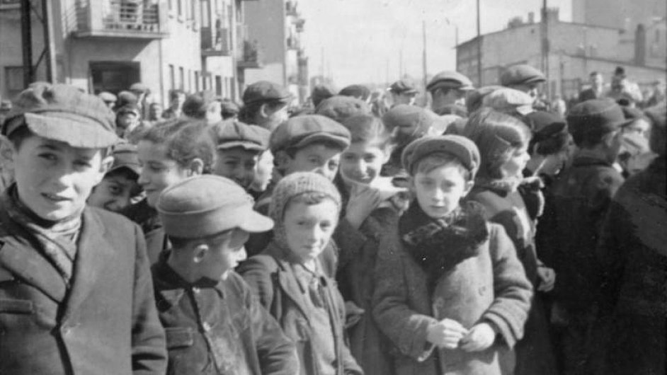 V lodžském ghettu skončila mimo jiné také většina dětí z Lidic.