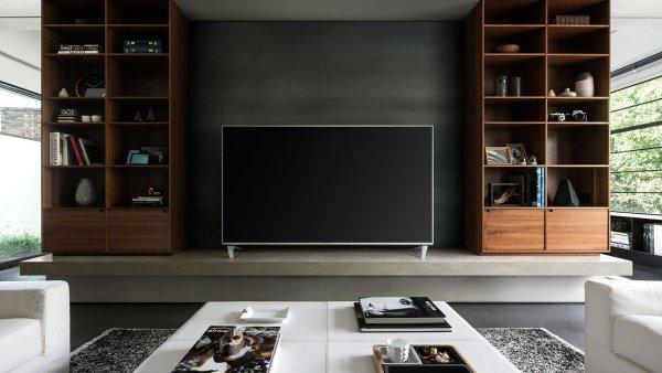 Panasonic nabízí skoro stejné televize DX750 a DX780, liší se jen výbavou