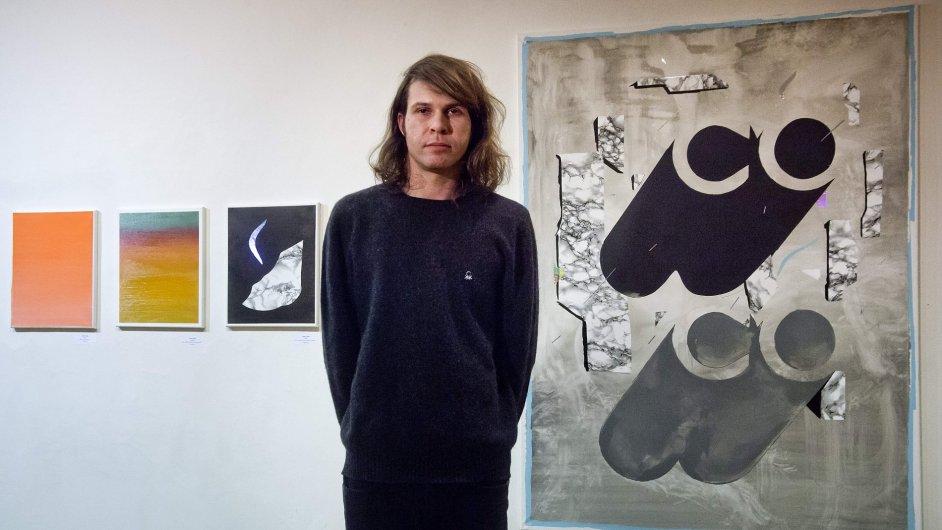 Cenu kritiky za mladou malbu dostal Tomáš Predka (na snímku).