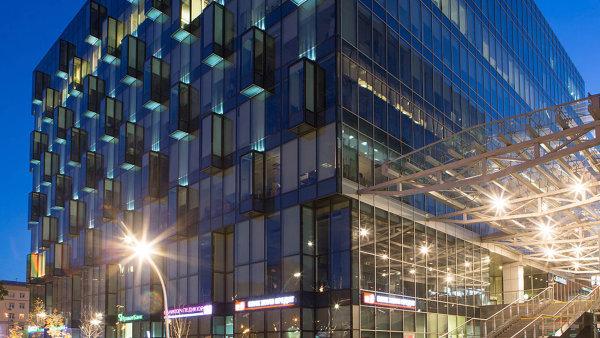 V moskevském komplexu Metropolis vlastní PPF dvě budovy. Již brzy by mohla koupit ve spolupráci s americkou společností Hines další.