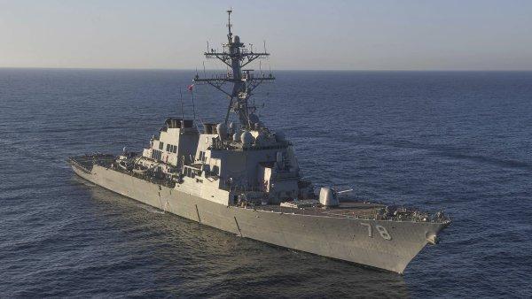 Prodej zbraní poprvé od roku 2010 stoupá. Státy posilují hlavně námořnictvo a letectvo.