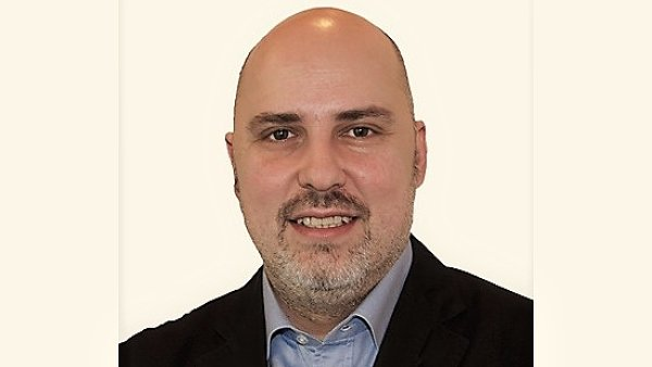 Jiří Cívka řídí vztahy s veřejností skupiny AXA v ČR a na Slovensku