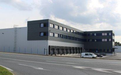 Nové centrální překladiště společnosti Geis pro balíkové zásilky je vybavené plně automatickým třídicím systémem.