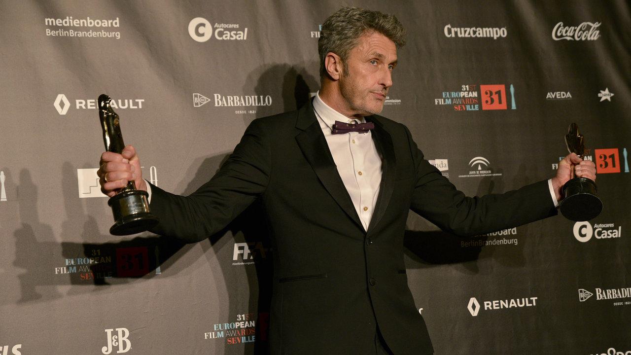 Cenu Evropské filmové akademie (EFA) za nejlepší film roku získal snímek Studená válka od režiséra Pawla Pawlikowského.