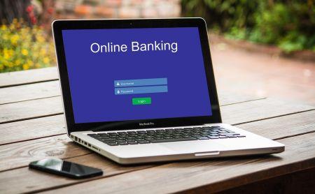 Čeští občané by mohli začít služby typu BankID využívat nejdříve příští rok.