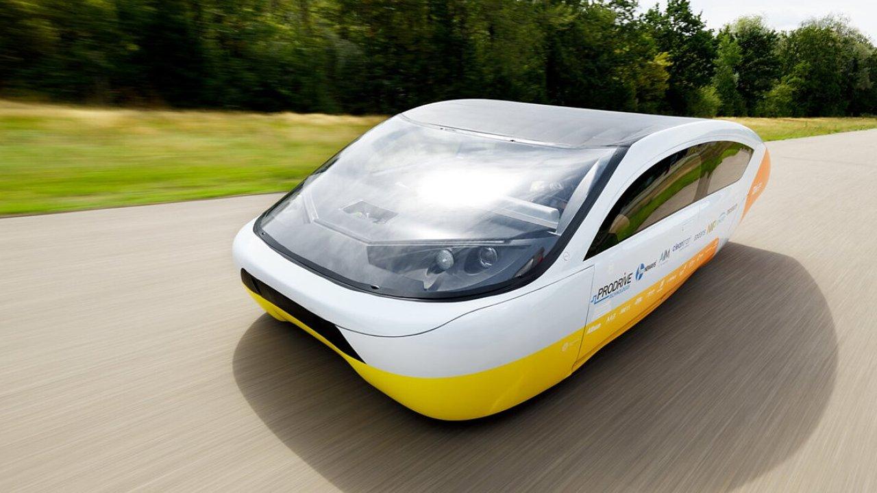 Stella Era, experimentální solární vůz vybavený systémem Solar Smart parking od Ericssonu.